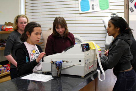 School store profits from collaboration