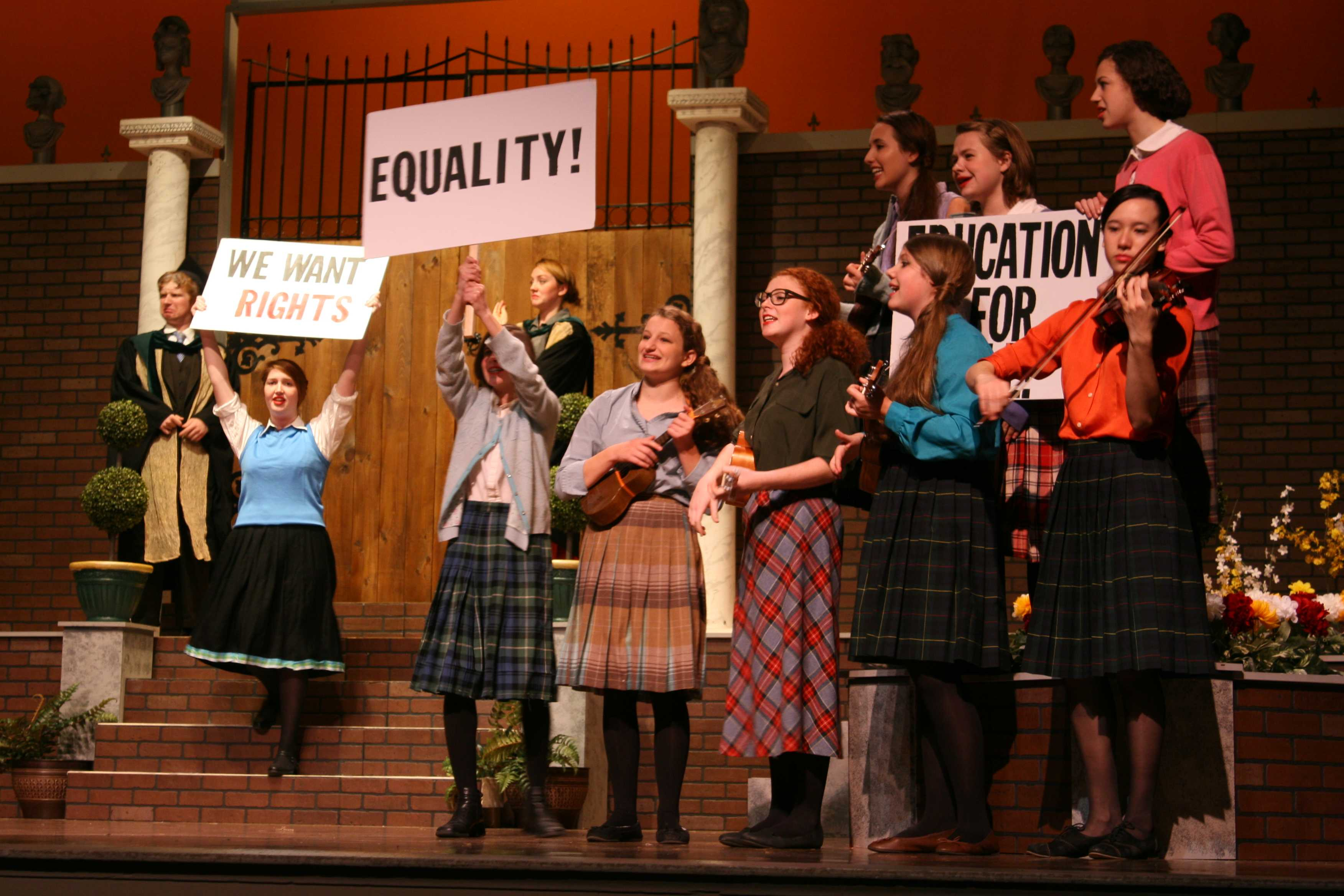 The Shakespeare play, Love's Labour Lost, utilizes the theme of the 1920s to highlight the women's right movement.