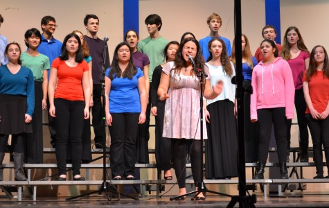 Junior Maeve Forti was one of four soloists for A Capella Choir's rendition of