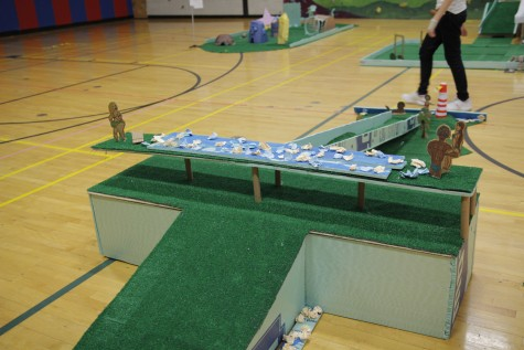 Students display STEAM projects in mini golf event