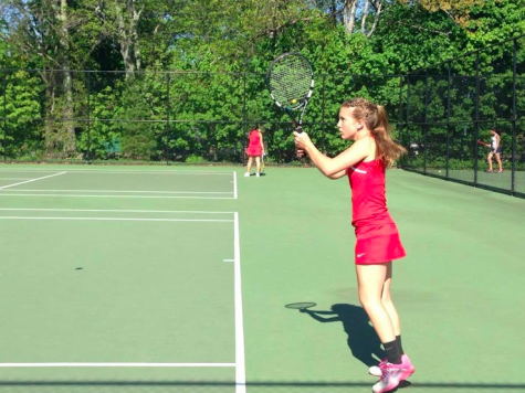 Girls Tennis ousts Barnstable to advance to sectional finals