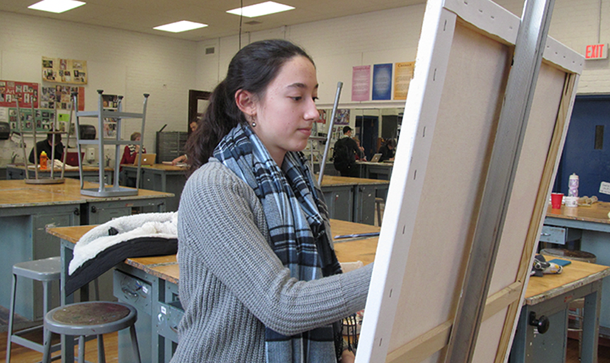 Senior+Paula+Garcia-Galindo+created+her+own+independent+study+course+with+art+teacher+Donna+Sartanowicz+so+she+could+challenge+herself+artistically+on+her+own.