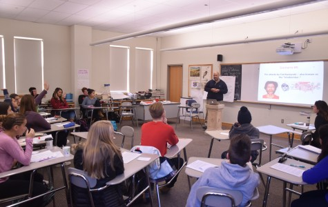 Students in the new Racial Awareness class listen to a lecture by their teacher, Malcolm Cawthorne. The class is offered solely to sophomores Tuesdays and Thursdays during z-block.