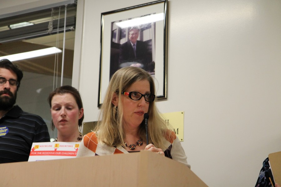 Director of DAYSEP Lauren Bernard speaks to the School Committee. Chris Bell / Sagamore Staff