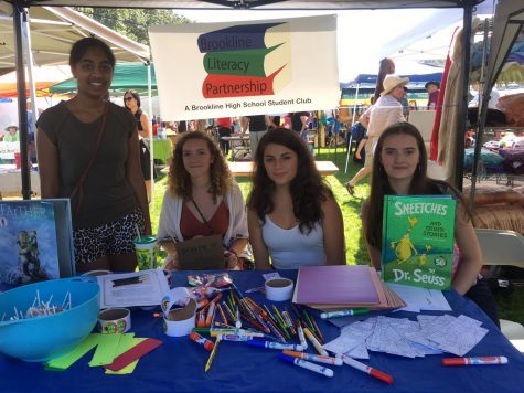 Brookline Literacy Club gives back to community by donating books