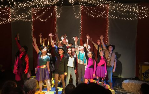The cast of the 2018-2019 Freshman Play performing their epic finale