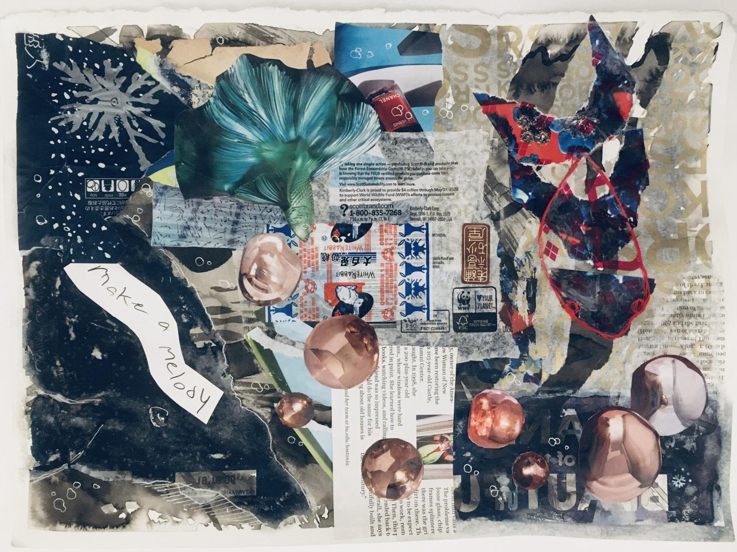 Sato has recently started experimenting with collages. She overlaps images she finds in magazines with text, including Chinese writing that she handwrites herself.