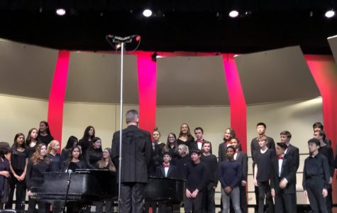The concert choir's songs originated from all over the world, each conveying a unique character.