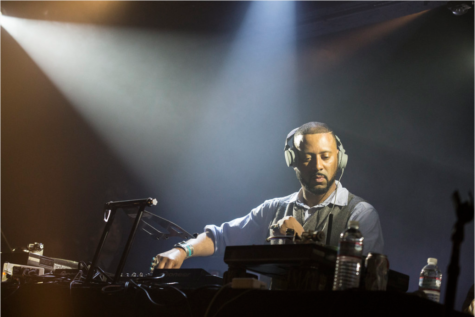 Madlib performed with Freddie Gibbs at The Echoplex in March 2014. Madlib
