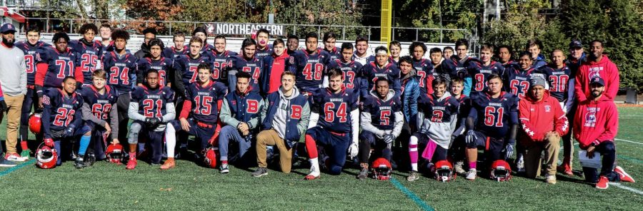 Brookline+High+Football+team+poses+for+a+picture+fall+2019